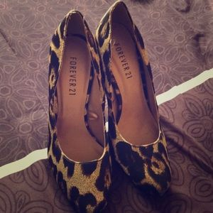 FINAL OFFER - Cheetah Print Heels from Forever 21!